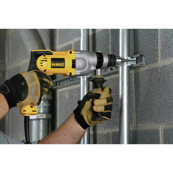 Dewalt DWD520 10 Amp Dual-Mode Variable Speed 1/2 in. Corded Hammer Drill image number 9