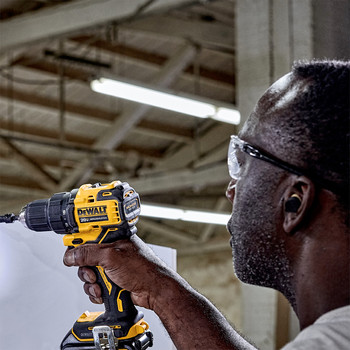 Dewalt DCD708C2 ATOMIC 20V MAX Brushless Compact 1/2 in. Cordless Drill Driver Kit (1.5 Ah) image number 7