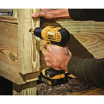 Factory Reconditioned Dewalt DCD771C2R 20V MAX Lithium-Ion Compact 1/2 in. Cordless Drill Driver Kit (1.3 Ah) image number 3