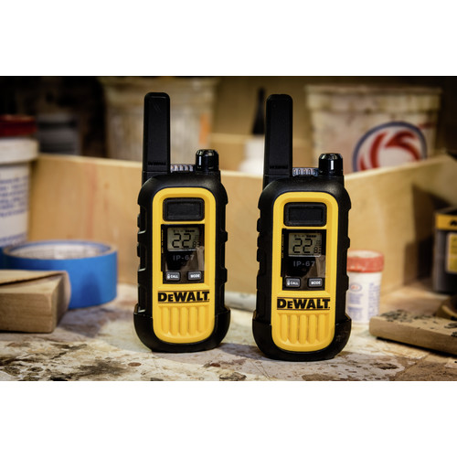 Dewalt DXFRS300 1 Watt Heavy Duty Walkie Talkies (Pair) image number 10