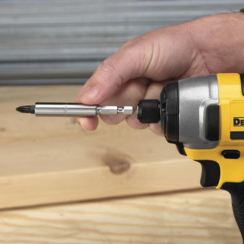 Dewalt DCF885M2 20V MAX XR Cordless Lithium-Ion 1/4 in. Impact Driver Kit image number 3