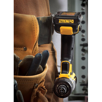 Factory Reconditioned Dewalt DCF610S2R 12V MAX Cordless Lithium-Ion 1/4 in. Hex Chuck Screwdriver Kit image number 5