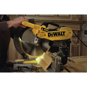 Dewalt DW716XPS 12 in.  Double Bevel Compound Miter Saw with XPS Light image number 5