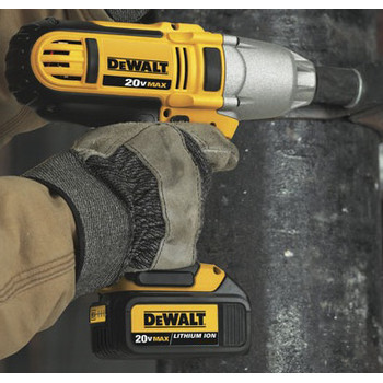 Dewalt DCF889M2 20V MAX XR Cordless Lithium-Ion 1/2 in. High-Torque Impact Wrench Kit with Detent Pin image number 2
