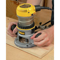 Dewalt DW616 1-3/4 HP Fixed Base Router image number 3