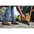 Dewalt DCN21PLM1 20V MAX 21-degree Plastic Collated Framing Nailer Kit image number 9