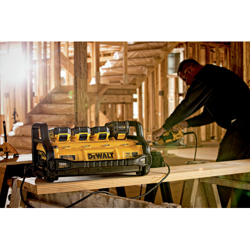 Dewalt DCB1800B Portable Power Station (Tool Only) image number 8