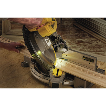 Dewalt DW716XPS 12 in.  Double Bevel Compound Miter Saw with XPS Light image number 4