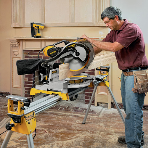 Dewalt DW716 12 in. Double Bevel Compound Miter Saw image number 6