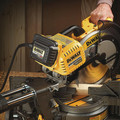 Dewalt DHS790AT2DWX723 120V MAX FlexVolt 12 in. Dual Bevel Sliding Compound Miter Saw Kit with Heavy-Duty Miter Saw Stand image number 14
