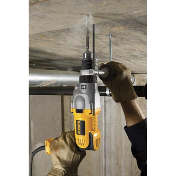 Dewalt DWD520K 10 Amp Variable Speed Pistol Grip 1/2 in. Corded Hammer Drill Kit image number 3