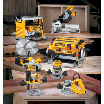 Dewalt DW735X 13 in.  Two-Speed Thickness Planer with Support Tables and Extra Knives image number 10