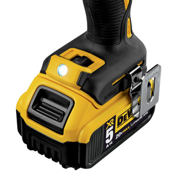 Dewalt DCD991P2 20V MAX XR Lithium-Ion Brushless 3-Speed 1/2 in. Cordless Drill Driver Kit (5 Ah) image number 5