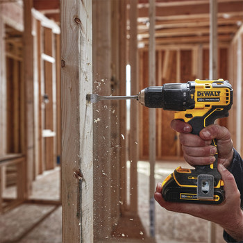 Dewalt DCD709C2 ATOMIC 20V MAX Lithium-Ion Brushless Compact 1/2 in. Cordless Hammer Drill Kit image number 3