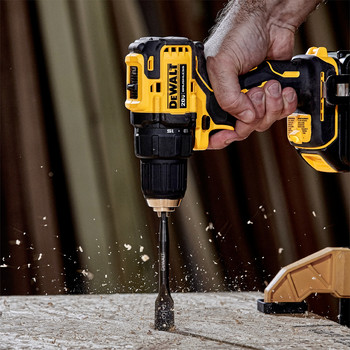 Dewalt DCD708C2 ATOMIC 20V MAX Brushless Compact 1/2 in. Cordless Drill Driver Kit (1.5 Ah) image number 3