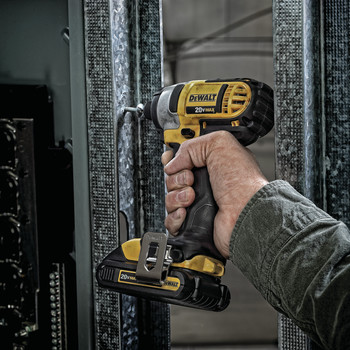 Factory Reconditioned Dewalt DCF885C2R 20V MAX Cordless Lithium-Ion 1/4 in. Impact Driver Kit image number 6