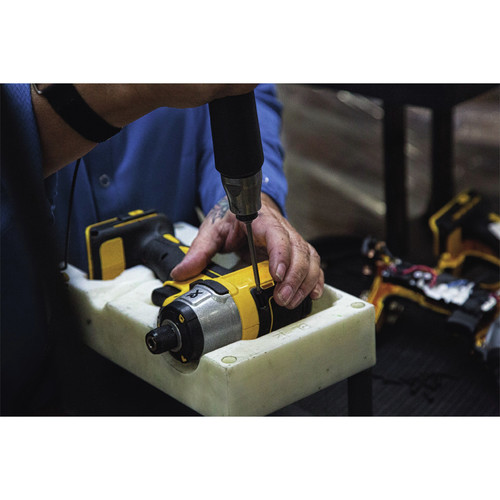 Dewalt DCK283D2 20V MAX XR 2.0 Ah Cordless Lithium-Ion Brushless Drill Driver & Impact Driver Combo Kit image number 5