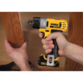 Factory Reconditioned Dewalt DCF610S2R 12V MAX Cordless Lithium-Ion 1/4 in. Hex Chuck Screwdriver Kit image number 4