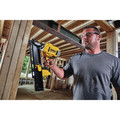 Dewalt DCN21PLM1 20V MAX 21-degree Plastic Collated Framing Nailer Kit image number 8