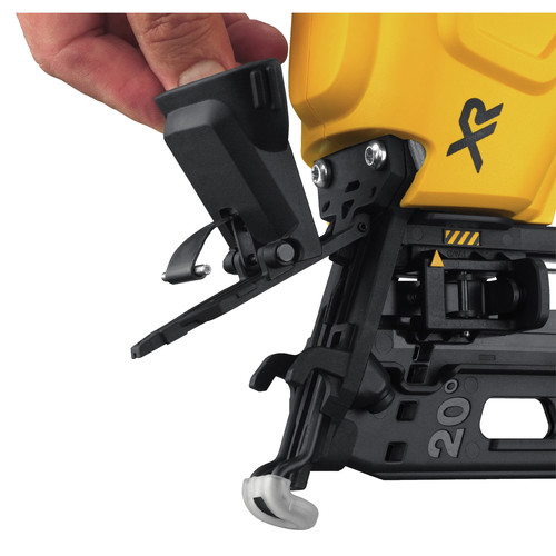 Dewalt DCN660D1 20V MAX 2.0 Ah Cordless Lithium-Ion 16 Gauge 2-1/2 in. 20 Degree Angled Finish Nailer Kit image number 3