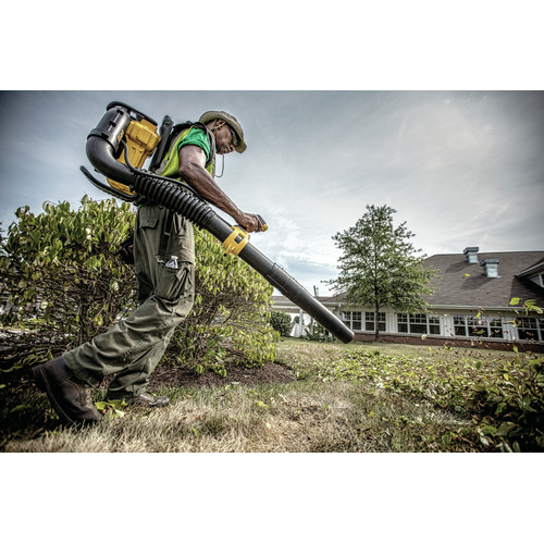 Dewalt DCBL590X2 40V MAX Cordless Lithium-Ion XR Brushless Backpack Blower Kit with 2 Batteries image number 4