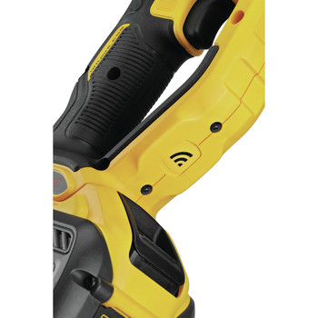 Dewalt DCD470X1 60V MAX Lithium-Ion In-Line 1/2 in. Cordless Stud and Joist Drill Kit with E-Clutch System (9 Ah) image number 4