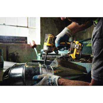 Dewalt DCF887D2 20V MAX XR 2.0 Ah Cordless Lithium-Ion 1/4 in. Brushless Impact Driver Kit image number 4