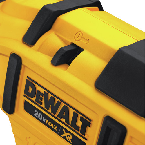 Dewalt DCN660D1 20V MAX 2.0 Ah Cordless Lithium-Ion 16 Gauge 2-1/2 in. 20 Degree Angled Finish Nailer Kit image number 4
