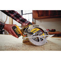 Dewalt DCS570P1 20V MAX 7-1/4 Cordless Circular Saw Kit with 5.0 AH Battery image number 7