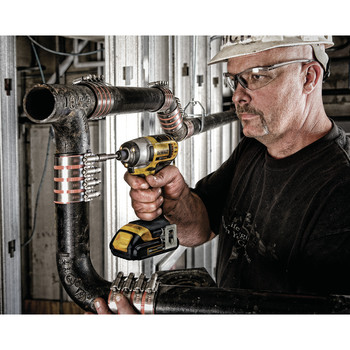 Factory Reconditioned Dewalt DCF885C2R 20V MAX Cordless Lithium-Ion 1/4 in. Impact Driver Kit image number 4