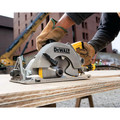 Factory Reconditioned Dewalt DWS535TR 7-1/4 in. Worm Drive Circular Saw with Twistlock Plug image number 6