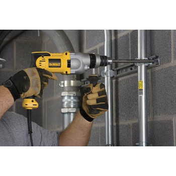 Dewalt DWD520K 10 Amp Variable Speed Pistol Grip 1/2 in. Corded Hammer Drill Kit image number 2