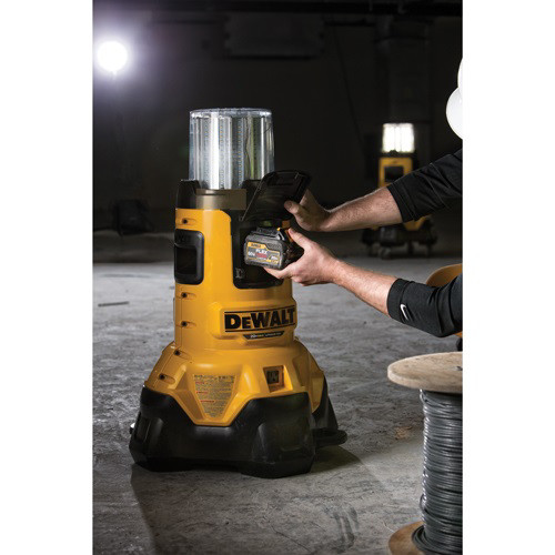 Dewalt Dcl070 20v Max Cordless Lithium Ion Bluetooth Led