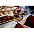Dewalt DCW200D1 20V MAX XR Lithium-Ion Variable Speed 1/4 in. Sheet Cordless Sander Kit (2 Ah) image number 6