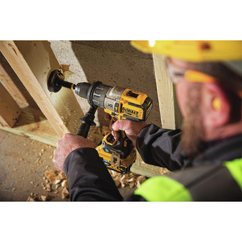 Dewalt DCD997P2BT 20V MAX XR Lithium-Ion Compact 1/2 in. Cordless Hammer Drill Kit with Tool Connect (5 Ah) image number 3